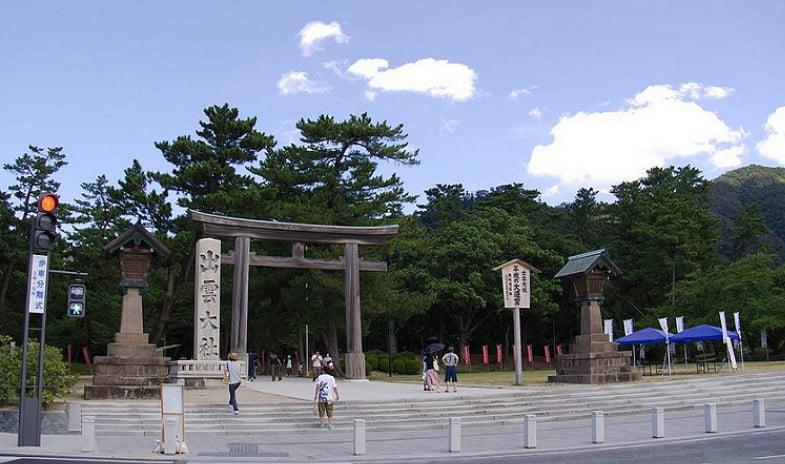 大社の玄関口となる第二の門:「勢溜(せい だまり)の鳥居」
