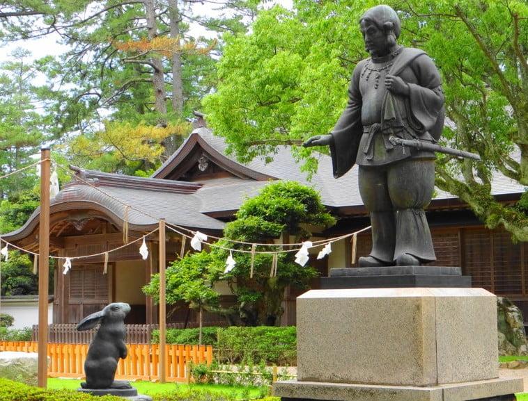 出雲大社の白兎像の由来・歴史・意味