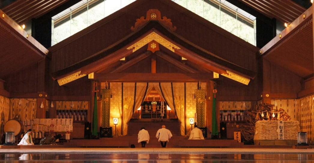 出雲大社の神楽殿で開催される「神迎祭」