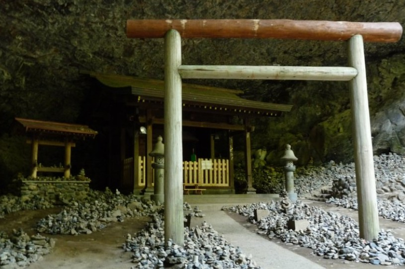 島根県・出雲大社の神在月の「八百万の神様の会議中」は、伊勢神宮に神様はいない? (2)