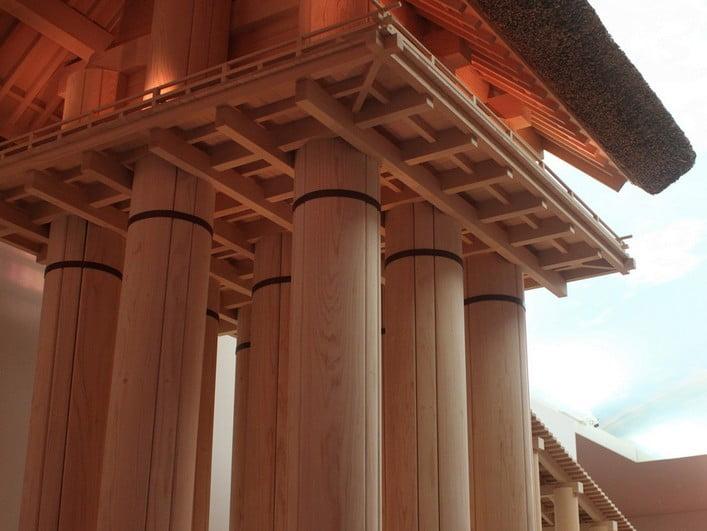 では、はたして本当に、過去の絵図面で示すような巨大神殿はできるのか?