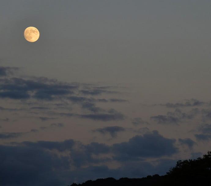 旧暦の10月は「神無月(かんなずき)」と呼ばれています。