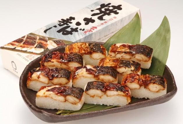 日本海名産の「焼き鯖寿司」や、「のどぐろ寿司」