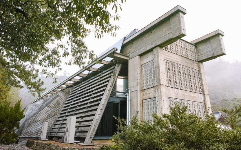 出雲大社(IZUMO-OYASHIRO)・ 庁舎(CHOUNOYA)
