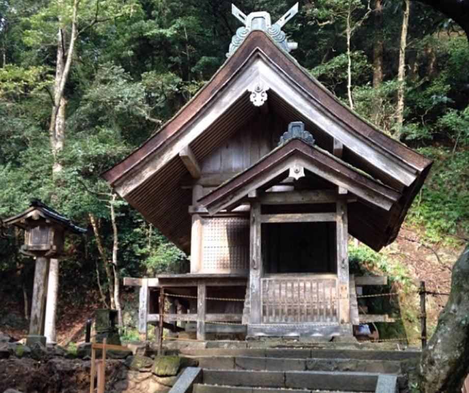 出雲大社(IZUMO-OYASHIRO)・素鵞社(SOGA-NO-YASHIRO)【重要文化財】