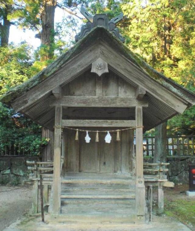 出雲大社(IZUMO-OYASHIRO)・氏社(UJI-NO-YASHIRO)【重要文化財】