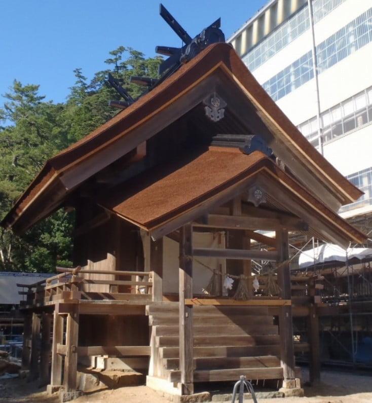 出雲大社(IZUMO-OYASHIRO)・筑紫社(TSUKUSHI-NO-YASHIRO)