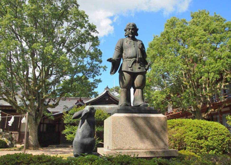 出雲大社(IZUMO-OYASHIRO)・御慈愛の御神像(GOJIAI-NO-GOSHINZO)